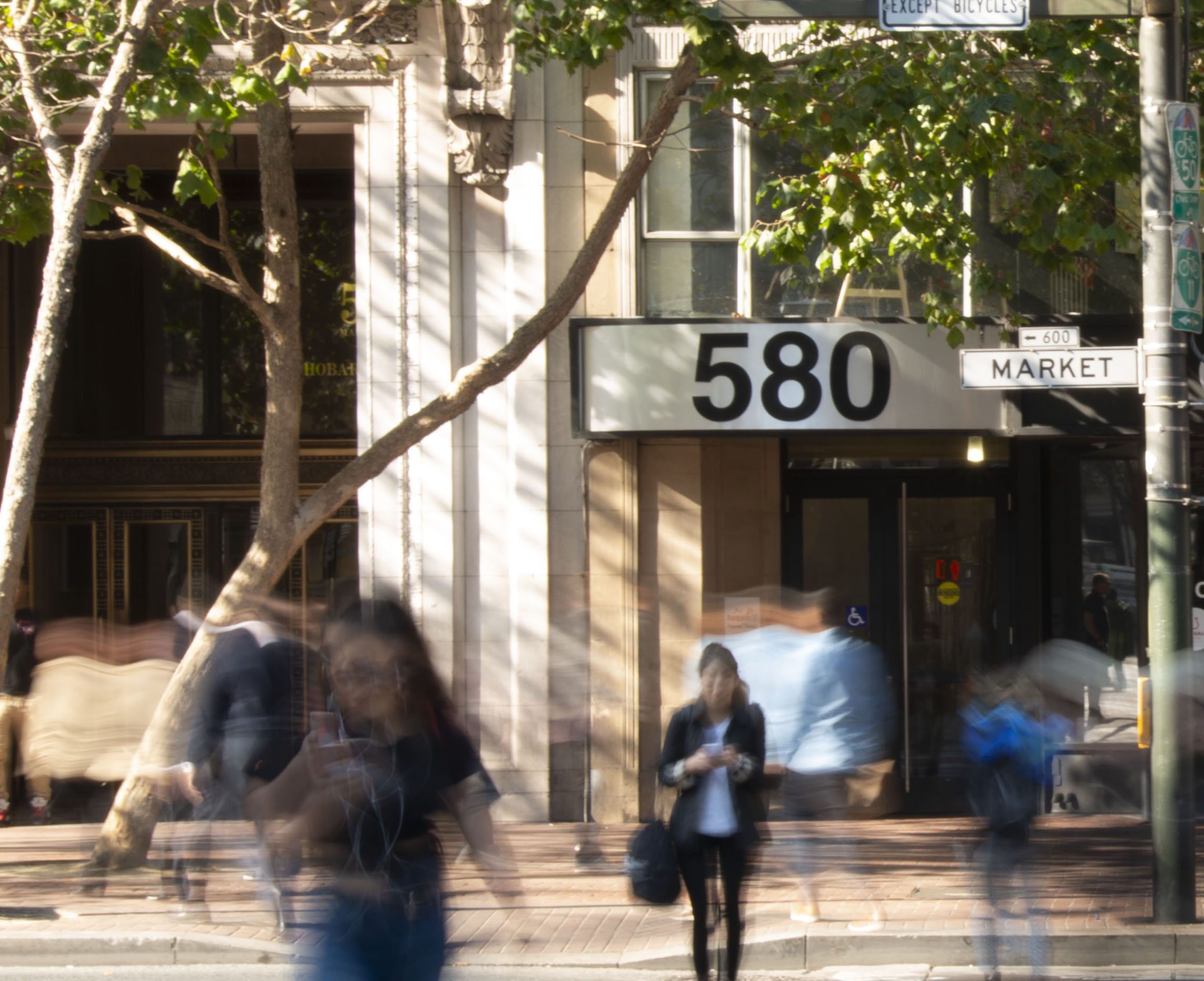 June 2017 - FeedMob gets 10th major client and flagship office is created in San Francisco.